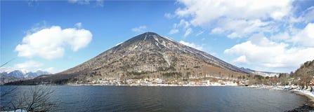 Berg Nantai på Nikko arkivbilder