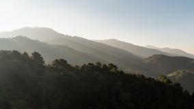 Berg och sol Royaltyfria Bilder