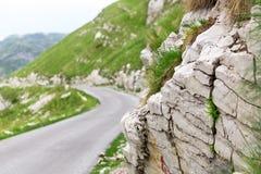 Berg- och väglandskap av Montenegro Royaltyfria Foton