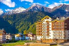 Berg Olympisch Dorp, Rosa Peak Ski Resort, Sotchi, Rusland stock foto