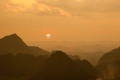 Berg på Bac Son Royaltyfri Foto