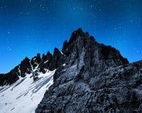 Berg Paternkofel in der Nacht Lizenzfreies Stockfoto