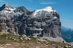 Berg Ridge i italienska Dolomitesfjällängar i sommar Tid och Ston Fotografering för Bildbyråer