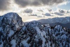 Berg Seymour Aerial lizenzfreie stockfotografie