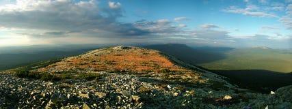 Berg in Siberië royalty-vrije stock afbeelding
