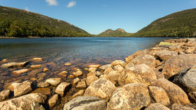 Berg sjö i New England Arkivfoto