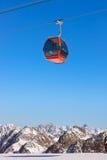 Berg skidar semesterorten - Innsbruck Österrike Royaltyfri Fotografi