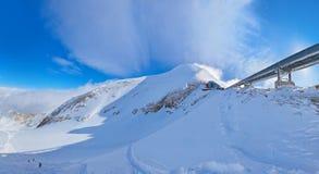 Berg skidar semesterorten Kaprun Österrike Royaltyfria Foton