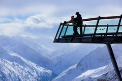 Berg skidar semesterorten Solden Österrike Arkivfoto