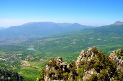 Berg slättar i Krim arkivfoton