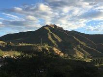 Berg am Sonnenuntergang Stockbild