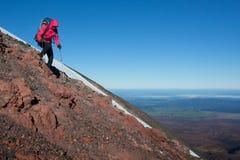 Berg steigen ab Stockbilder