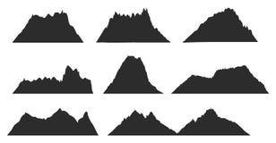 Berg svärtar konturer för utomhus- design, eller loppet märker vektoruppsättningen Svart konturbergmall fotografering för bildbyråer
