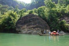Berg und Fluss Wuyi Stockbild