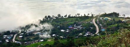Berg und Nebel Stockbild