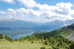Berg und See Lizenzfreies Stockfoto
