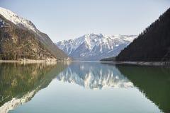 """Berg und See am Achensee See in Österreich-†""""Stockfoto Stockfotos"""