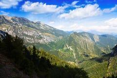 Berg van hoog punt Stock Afbeeldingen