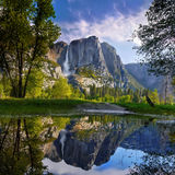 Berg Yosemite nationalpark Arkivbilder