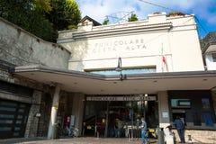 Bergame, Italie - 12 octobre 2018 Funiculaire entre la ville et le citta inférieurs d'Alta photographie stock