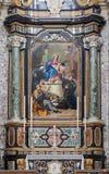 Bergamo - altare laterale con la pittura di Madonna nella chiesa San Alessandro della Croce Immagini Stock Libere da Diritti
