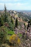 Bergamo, Città Alta, Italia, su un pomeriggio pieno di sole fotografie stock libere da diritti