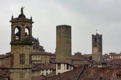 Bergamo - Citta Alta, Italia, rivaleggia dalla cima Fotografie Stock Libere da Diritti