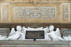 BERGAMO, ITÁLIA - 25 DE MARÇO: Teto na entrada a Madonna D Imagens de Stock