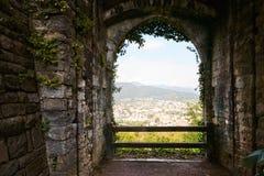 Bergamo, Italien - 18. August 2017: Das Schloss von La Rocca Bergamo ist im oberen Stadtteil auf dem Hügel des Heiligen Eup Stockbild