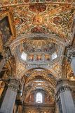 Bergamo, Italien - 18. August 2017: Bergamo-` s Basilikadi Santa Maria Maggiore, aufwändiger Goldinnenraum Stockfotos