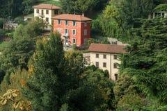 BERGAMO ITALY/EUROPE - OKTOBER 10: Sikten från San Vigilio i är Royaltyfri Fotografi