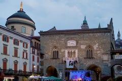 BERGAMO, LOMBARDY/ITALY - CZERWIEC 25: Festiwal Muzyki w piazza Vec Fotografia Royalty Free