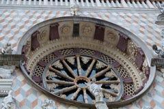 BERGAMO, LOMBARDY/ITALY - 25 JUNI: Detail van de Buitenkant van Royalty-vrije Stock Foto's