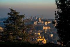 Bergamo sikt, Italien Arkivfoton