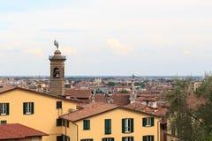 Bergamo-Stadtbildpanorama gesehen von Citta Alta Stockfoto