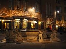 Bergamo - vecchia città Abbellisca sulla fontana di Contarini e sul vecchio quadrato principale Immagini Stock Libere da Diritti