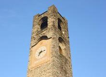 Bergamo - vecchia città Abbellisca sulla torre di orologio chiamata l'IL Campanone Immagini Stock