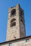Bergamo - vecchia città Abbellisca sulla torre di orologio chiamata l'IL Campanone Fotografie Stock