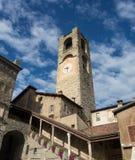 Bergamo - vecchia città Abbellisca sulla torre di orologio chiamata l'IL Campanone Immagini Stock Libere da Diritti