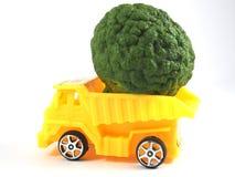 Bergamote d'herbe de camion de voiture de jouet image stock