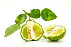 Bergamotte auf einem weißen Hintergrund Stockfotos