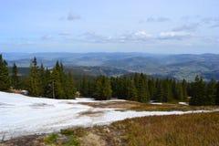 Bergbakgrund Arkivbilder