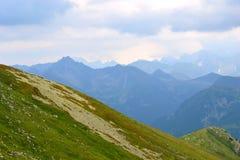 Bergbakgrund, Tatra berg, Polen Fotografering för Bildbyråer