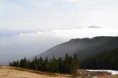 Bergbakgrund, Tatra berg, Polen Royaltyfri Foto