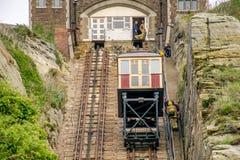 Bergbanaelevator på Hastings, östliga Sussex fotografering för bildbyråer