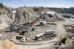 Bergbau im Steinbruch Lizenzfreie Stockfotografie