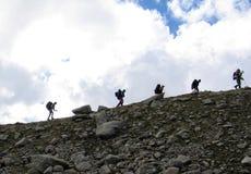 Bergbeklimmers in de Kaukasus stock foto