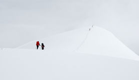 Bergbeklimmers op de sleep Stock Fotografie
