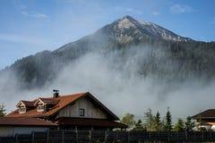 Bergblick Seekarspitze in Österreich lizenzfreies stockbild