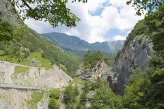 Bergblick von Tsey-Schlucht Republik von Nord-Ossetien - Alania, Russland Stockbild